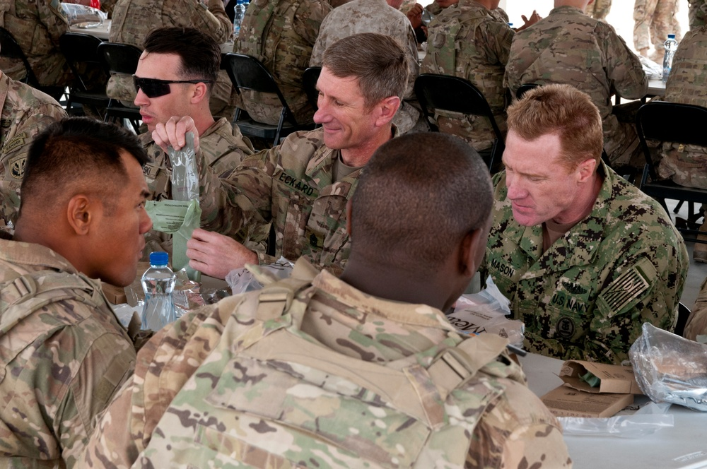 Central Command Senior Enlisted Members Eat with Soldiers