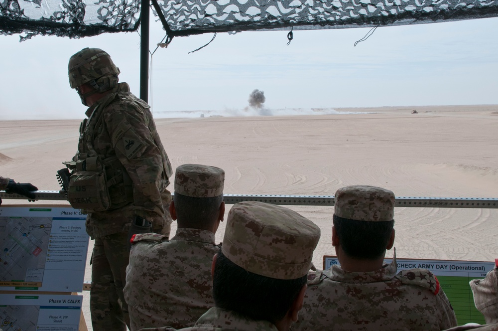 Kuwaiti and U.S. Officers Observe Explosions