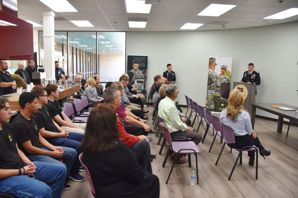 Phoenix Recruiting Battalion supports PaYS signing ceremony