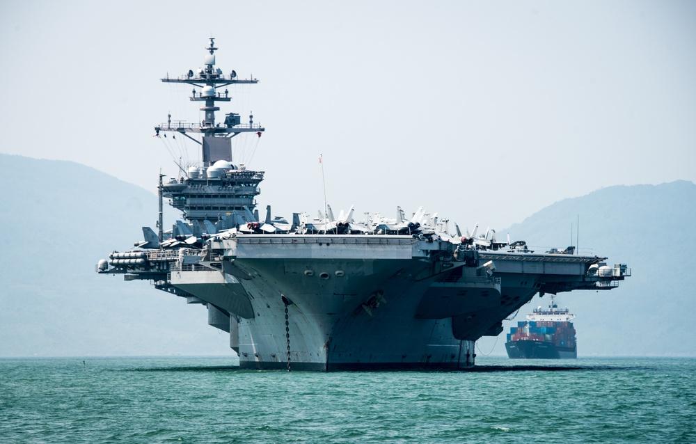 USS Carl Vinson arrives in Vietnam