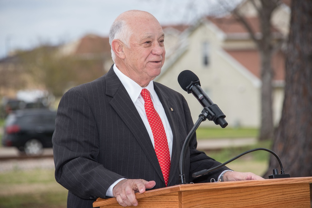 Maxwell hosts memorial service, monument unveiling for 50th anniversary of Lima Site 85