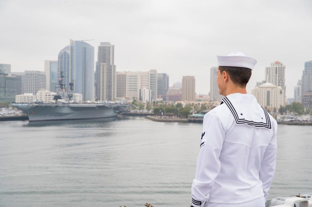 USS Bonhomme Richard (LHD 6) Arrives in San Diego