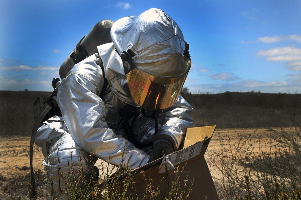 Into the danger zone: MCAS Miramar ARFF conducts HAZMAT exercise