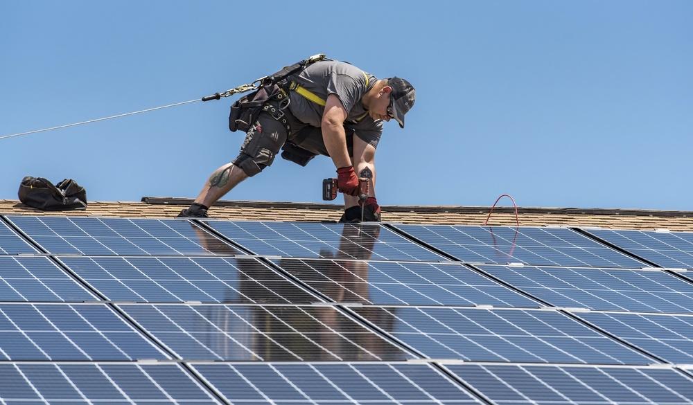 Renewable energy: saves money, energy, reduces carbon footprint
