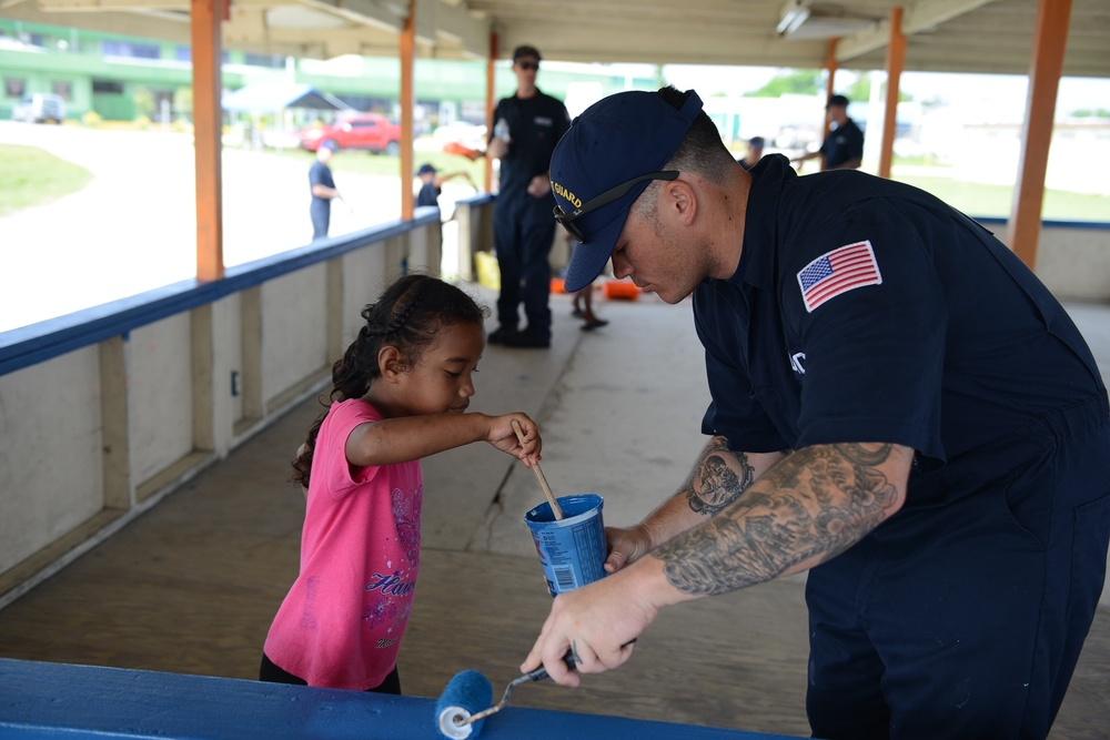Oliver Berry crew volunteers in Majuro