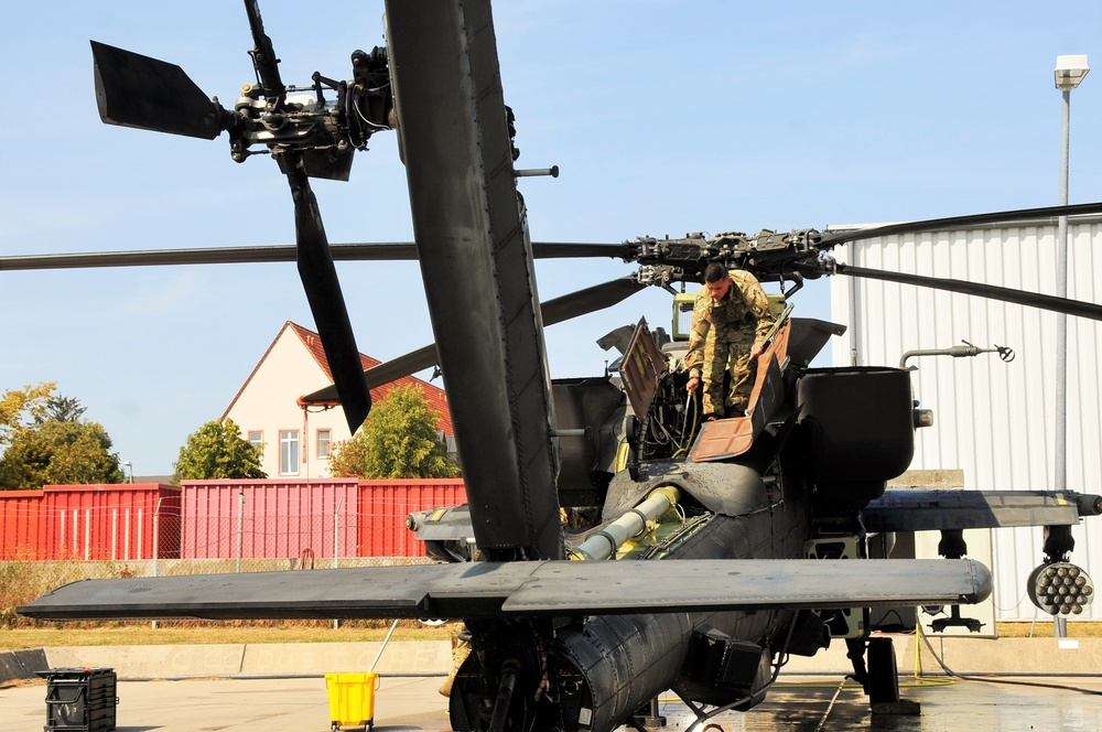 AH-64 Apache Helicopter Routine Maintenance