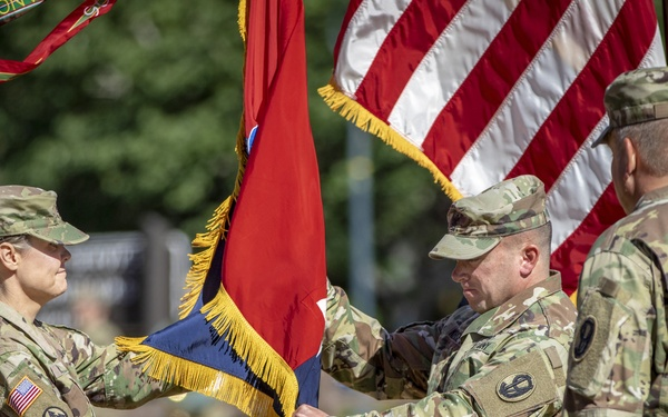 2nd Brigade, 95th DIV (IT) Pass the Colors