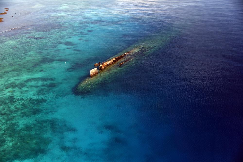 Prinz Eugen oil removal: Prinz_Eugen_1605_4x6_200dpi