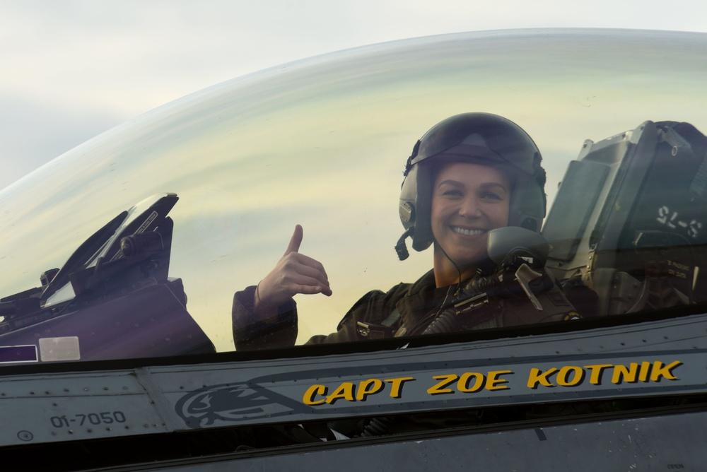 F-16 VDT announces new pilot