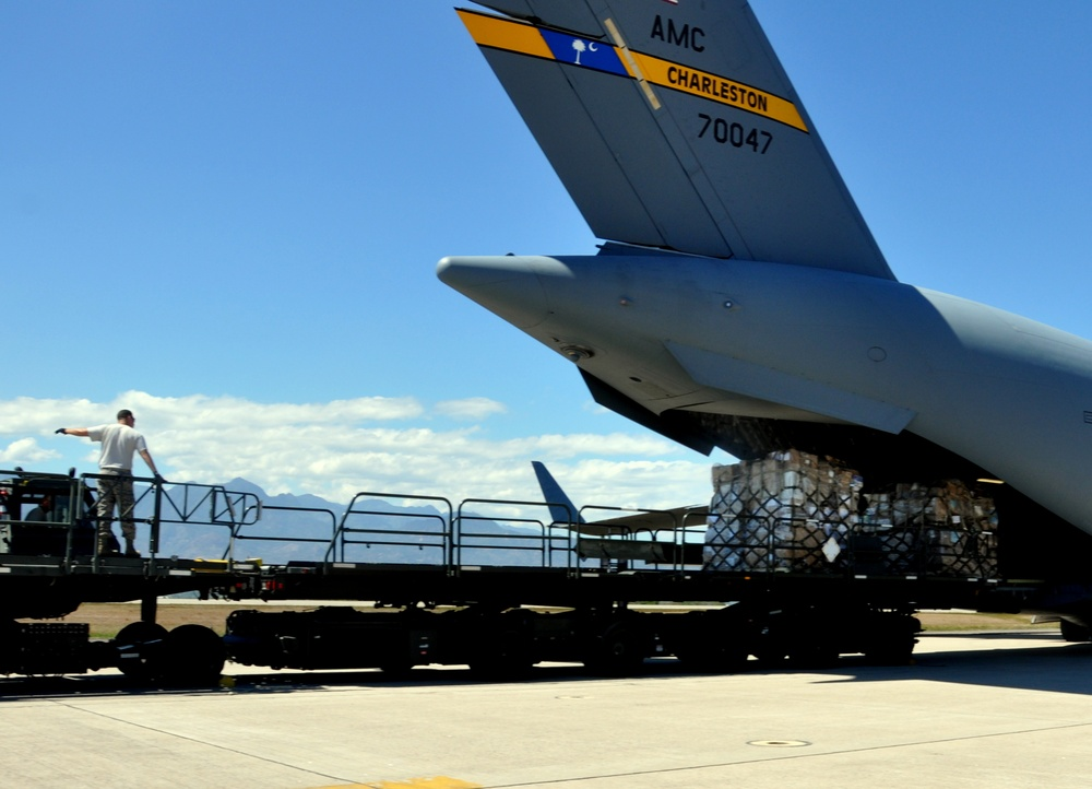 Reservists deliver humanitarian cargo to Honduras