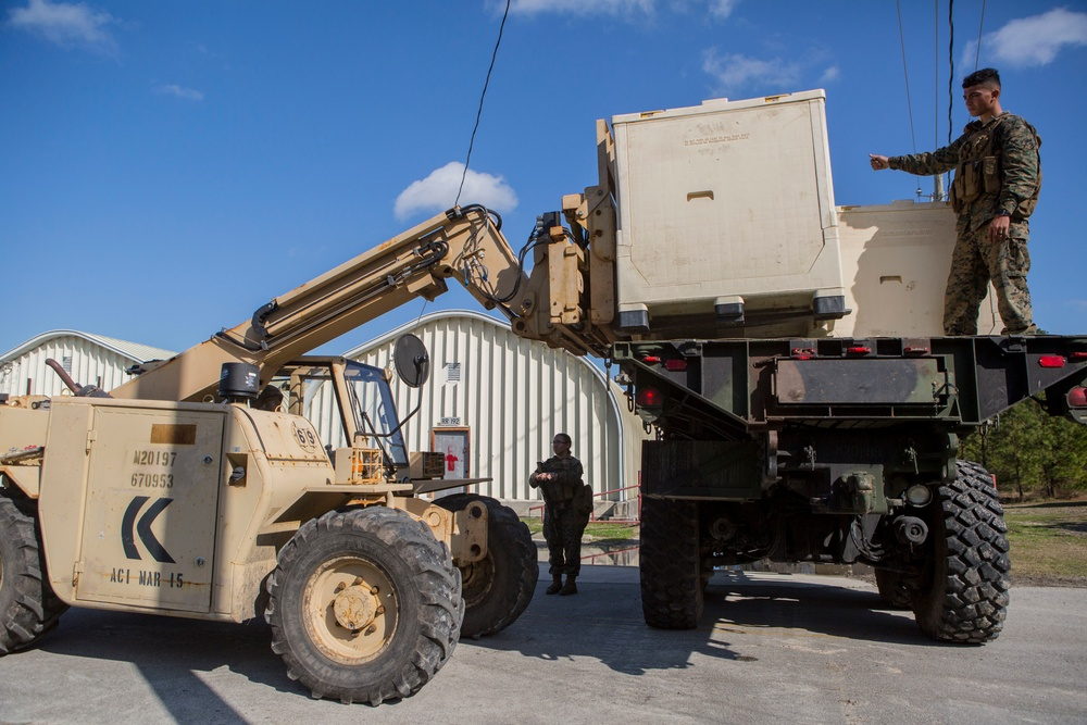 24th MEU delivers simulated humanitarian aid