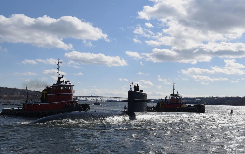 USS Pittsburgh (SSN 720) Returns from Final Deployment