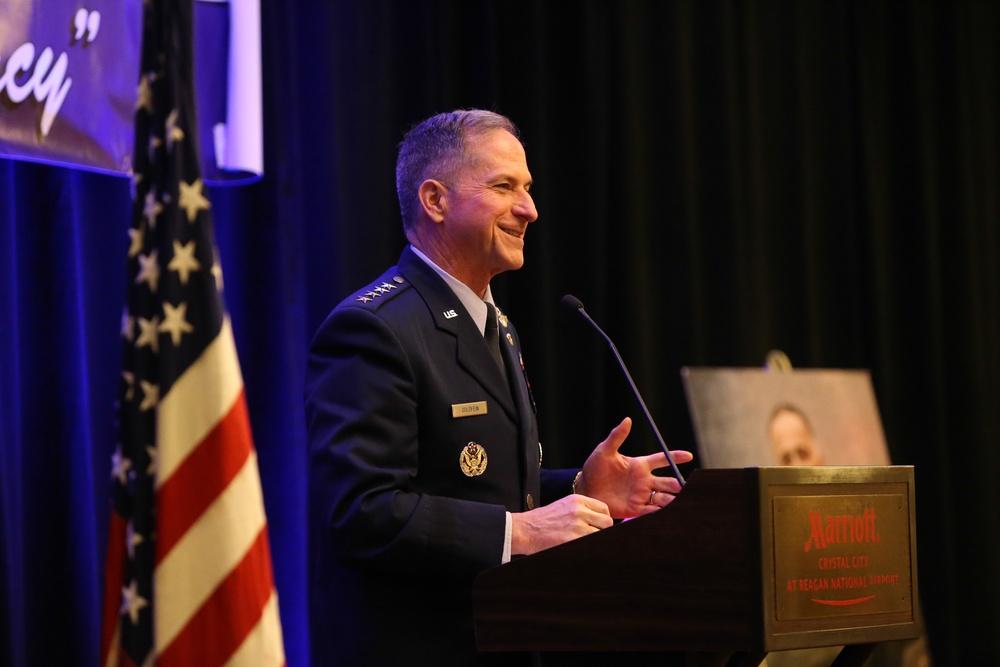 Gen. Goldfein reunites with pararescueman before Spaatz Association keynote
