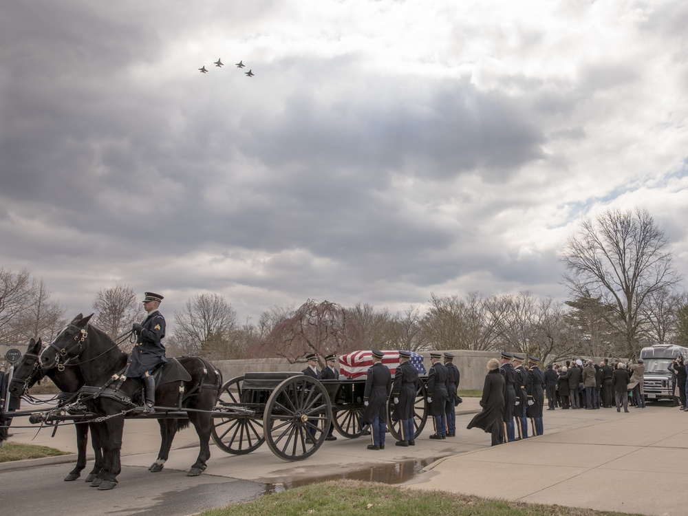 Red Tails Honor The Legacy Of Fallen Tuskegee Airman
