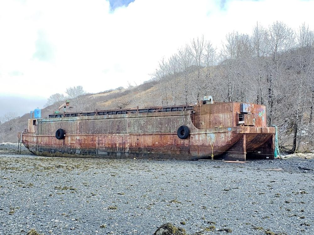 Coast Guard, contractors respond to derelict barge on Kodiak Island, Alaska
