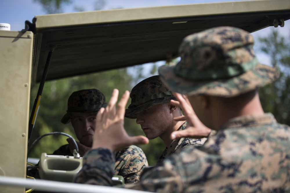 Marines with 8th Communication BN Operate a VSAT Large