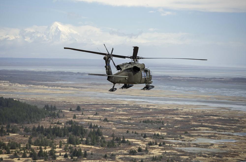 Alaska Army Guard aviators train for transition