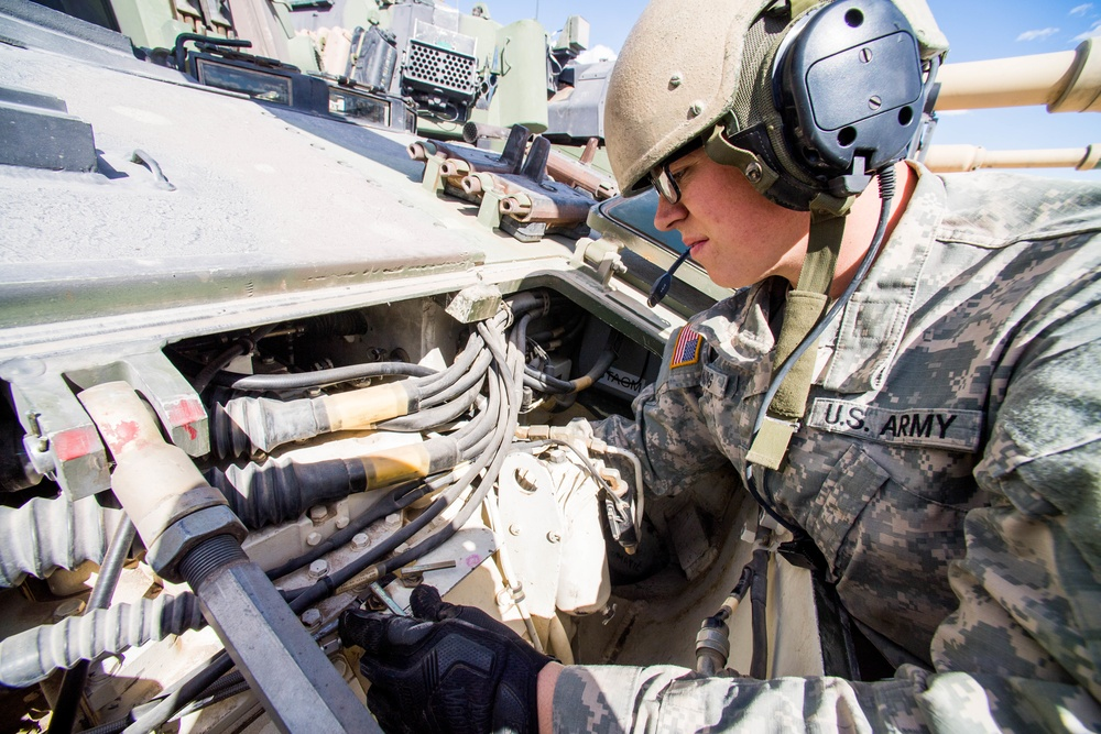 Soldier, Idaho State University student trains with Idaho Army National Guard