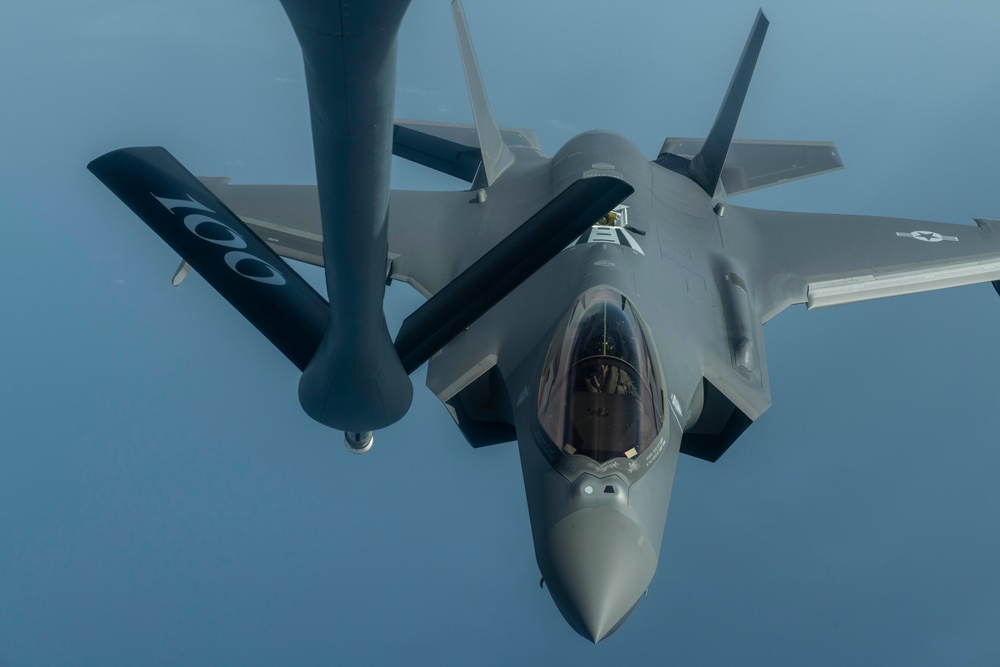 Bloody Hundredth refuels F-35s in support of a Theater Security Package