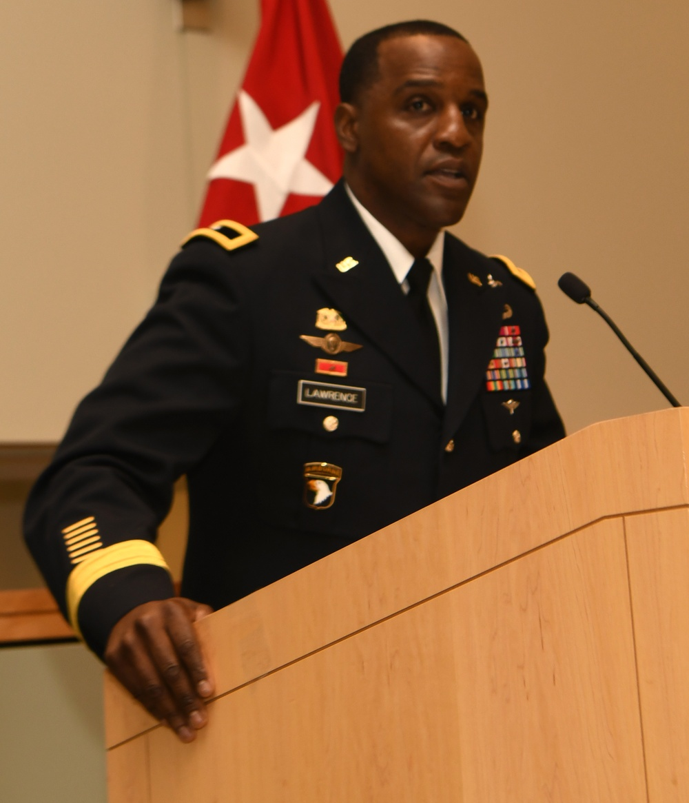 """DLA Troop Support welcomes """"hometown"""" leader during change of command"""