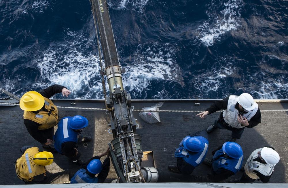 USS Green Bay (LPD 20) Replenishment-at-sea