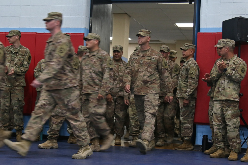 Welcome Home ceremonies reunite Commando Soldiers and Families