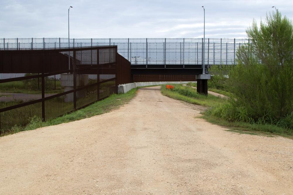 Rio Grande Valley Gate Installation