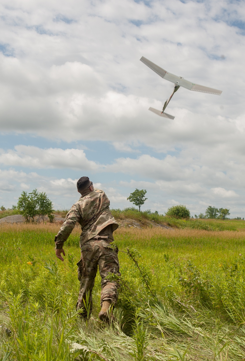 N.Y. National Guard Soldiers Train on Flying the RQ-11B Raven