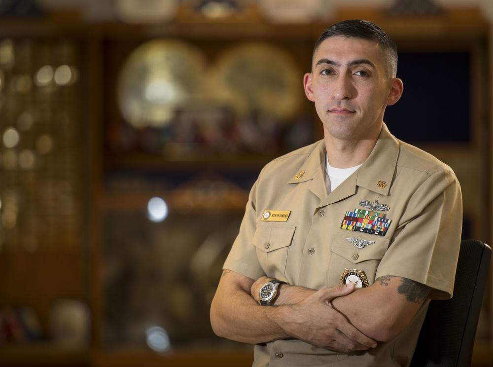 Navy Recruiter Saves Lives through Social Media