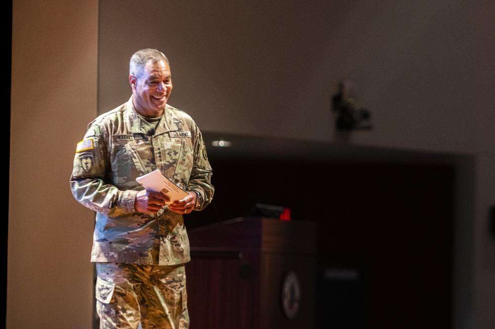 FORSCOM CG at Maneuver Warfighter Conference