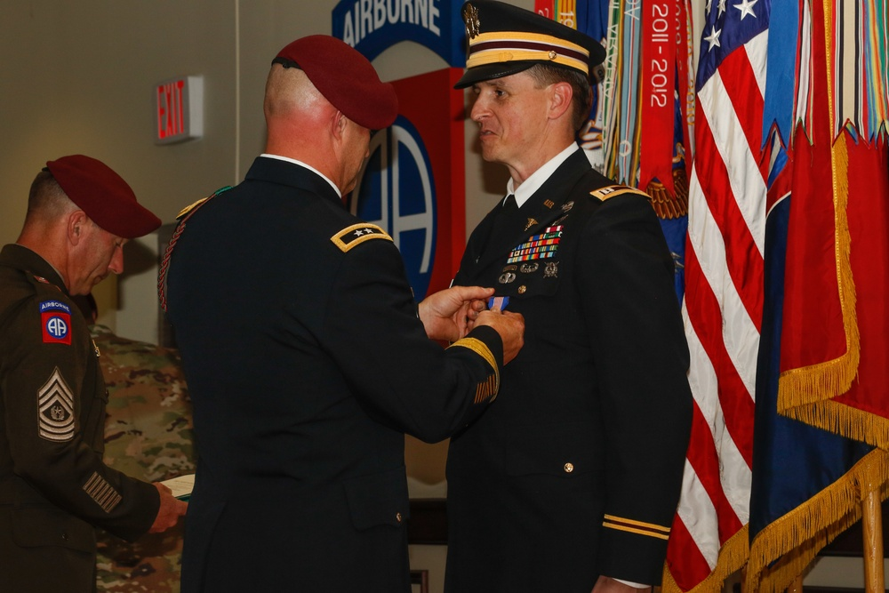 Soldier's Medal Awarded to 82nd Airborne Division Alum for Saving Man's Life