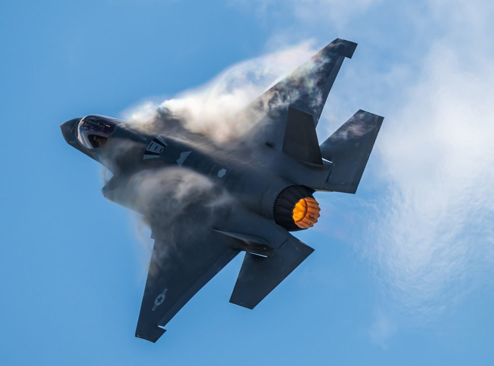 F-35 Demo Team performs at Wings Over Houston Airshow