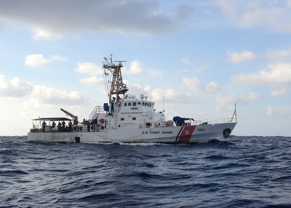 Coast Guard Cutter Washington participates in Operation Kurukuru