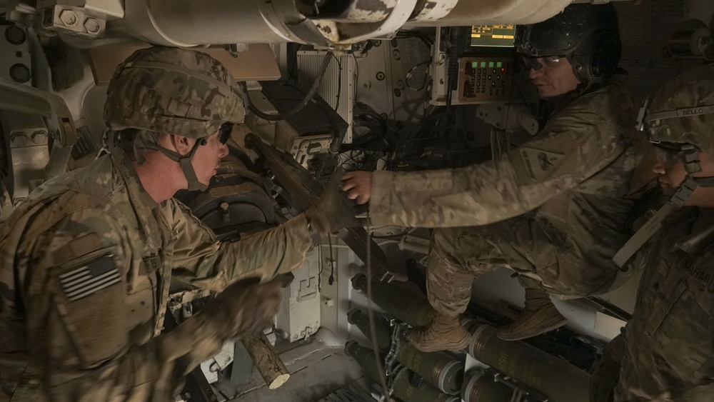 1AD teams with U.S. Air Force for strategic exercise