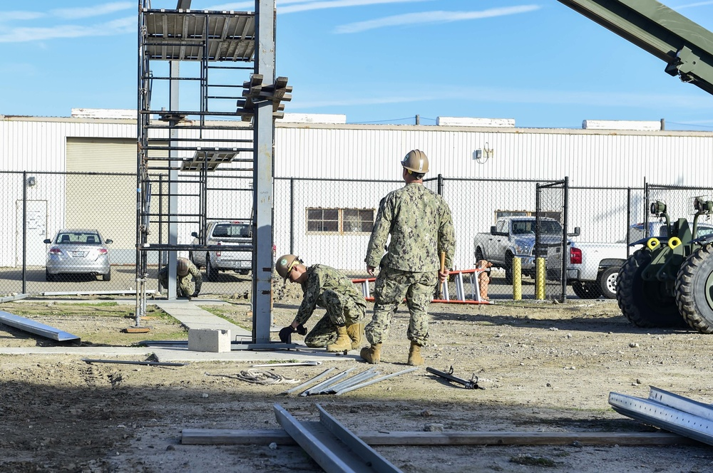 Seabees Conduct Pre-engineered Building Training