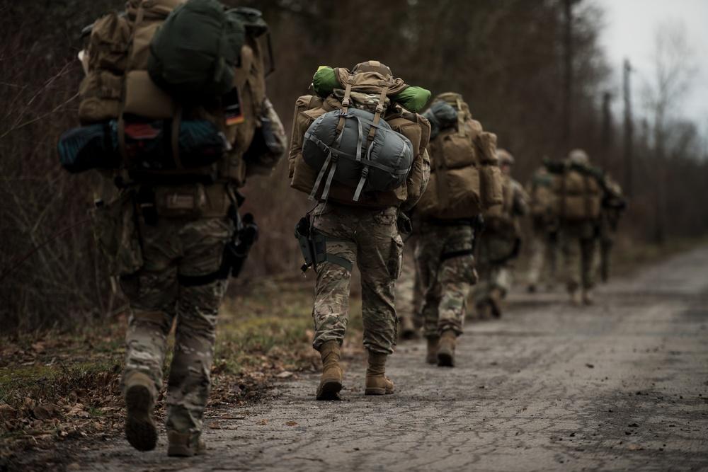 435 SFS kicks off exercise Frozen Defender