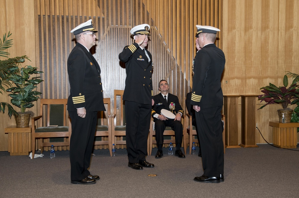 USS Ohio (SSGN 726) Blue Crew Welcomes New Commanding Officer
