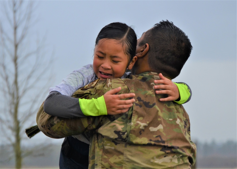 Airman plans surprise homecoming during MLK 5K