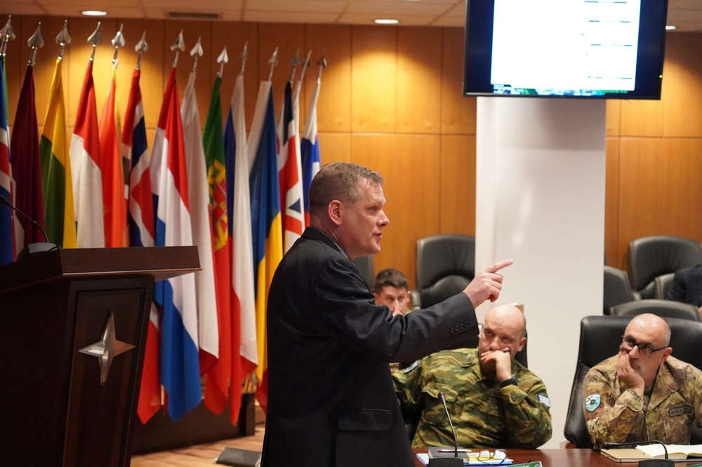U.S. Army Futures Command's Futures and Concepts Center Teaches Multi-Domain Operations to NATO Allied Land Command