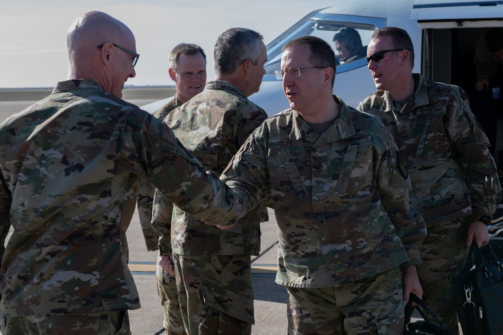 AFSOC commander visits 137th SOW