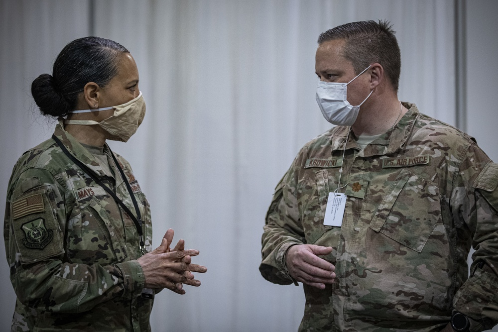 New Jersey Air National Guard Commander tours Federal Medical Station Atlantic City