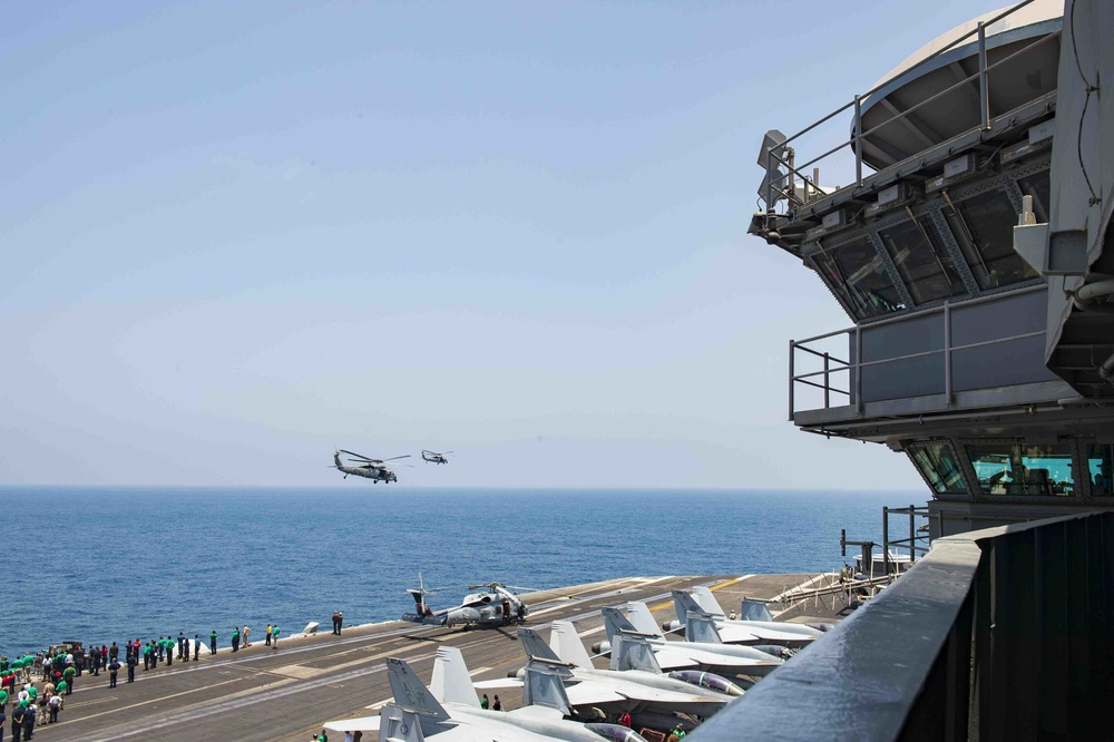 HSC-7 Holds Aerial Change of Command