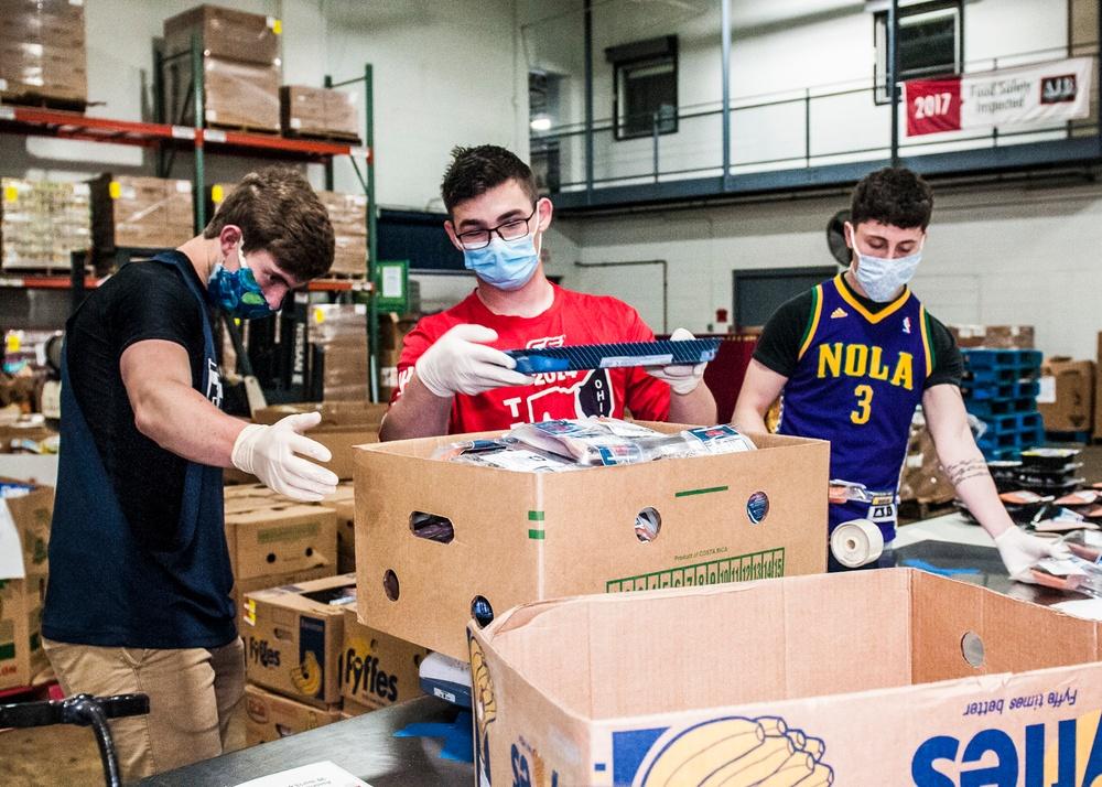 Ohio Guard members supporting food bank participate in spirit week
