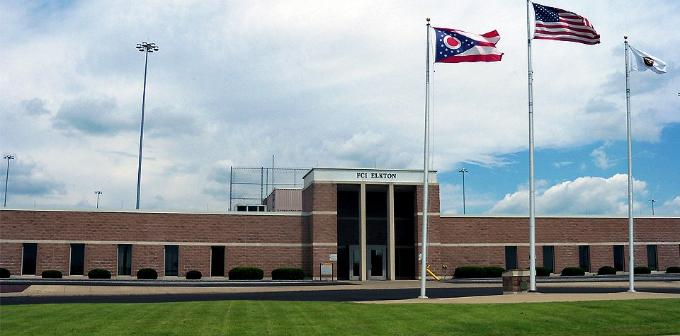 Ohio National Guard on front lines during COVID-19 pandemic: Soldiers, Airmen provide medical assistance at federal prison