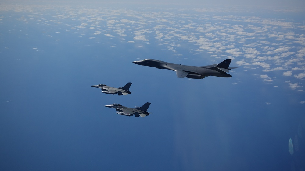 B-1 integrates with Danish F-16s over Europe