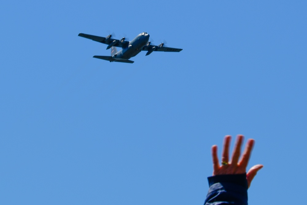 910th launches second round of Hercs Over America flyovers