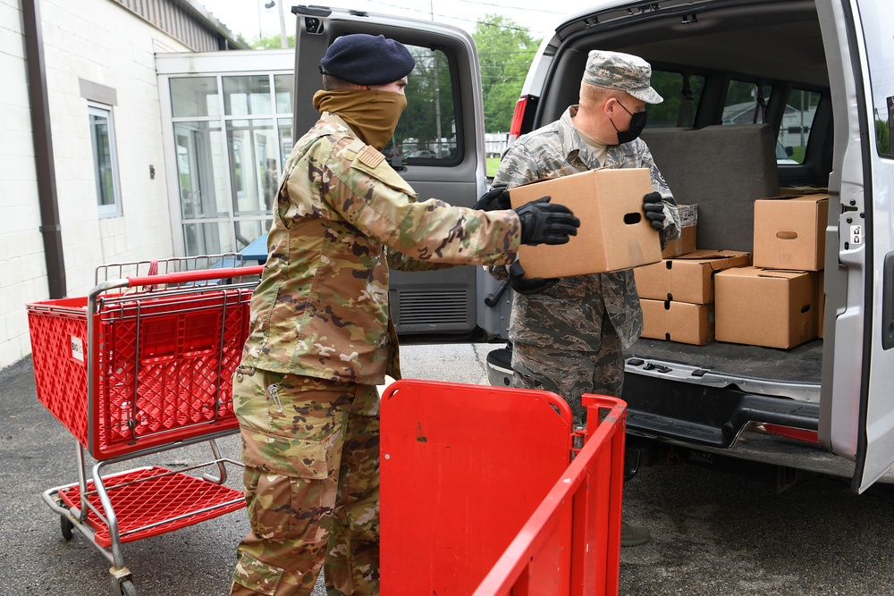 178th Airmen serve their community at the local food bank