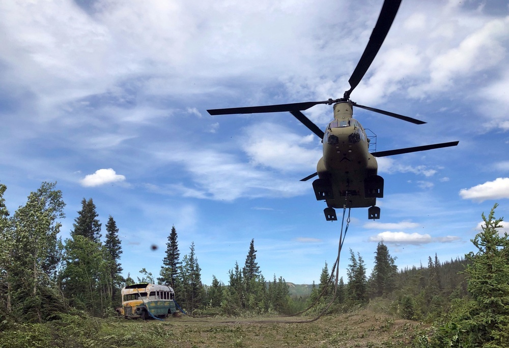 """Alaska National Guard airlifts """"Into the Wild"""" bus from Stampede Trail"""