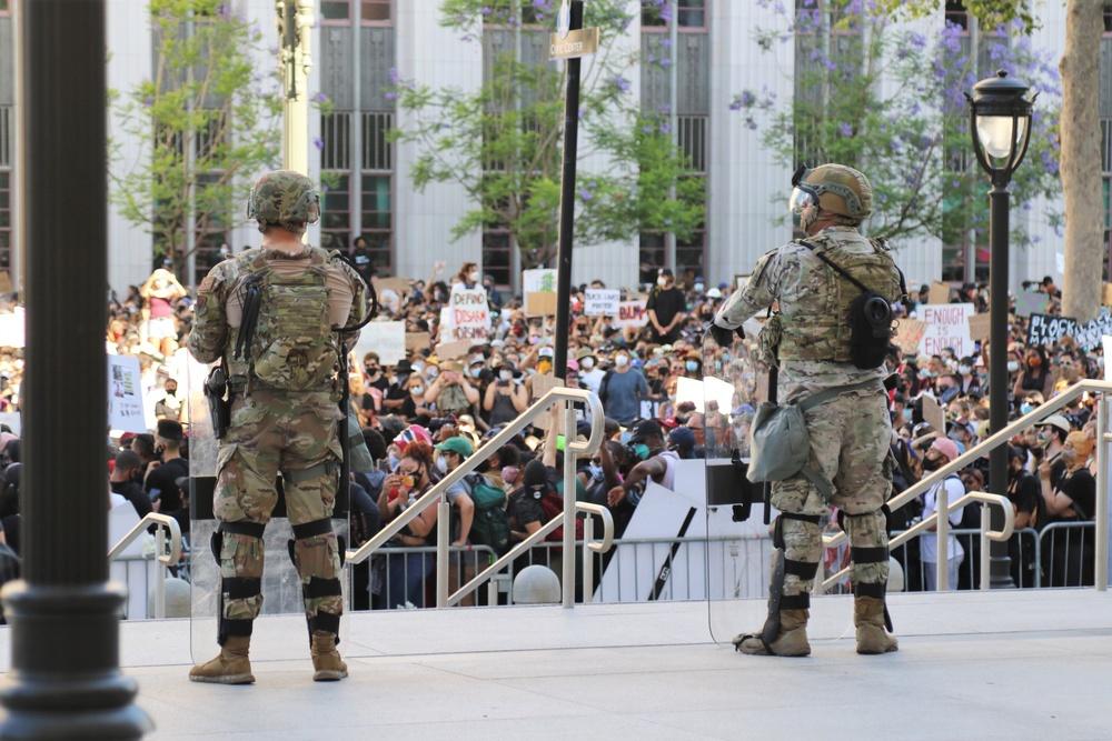 Cal Guard's 224 SB assists law enforcement in Los Angeles