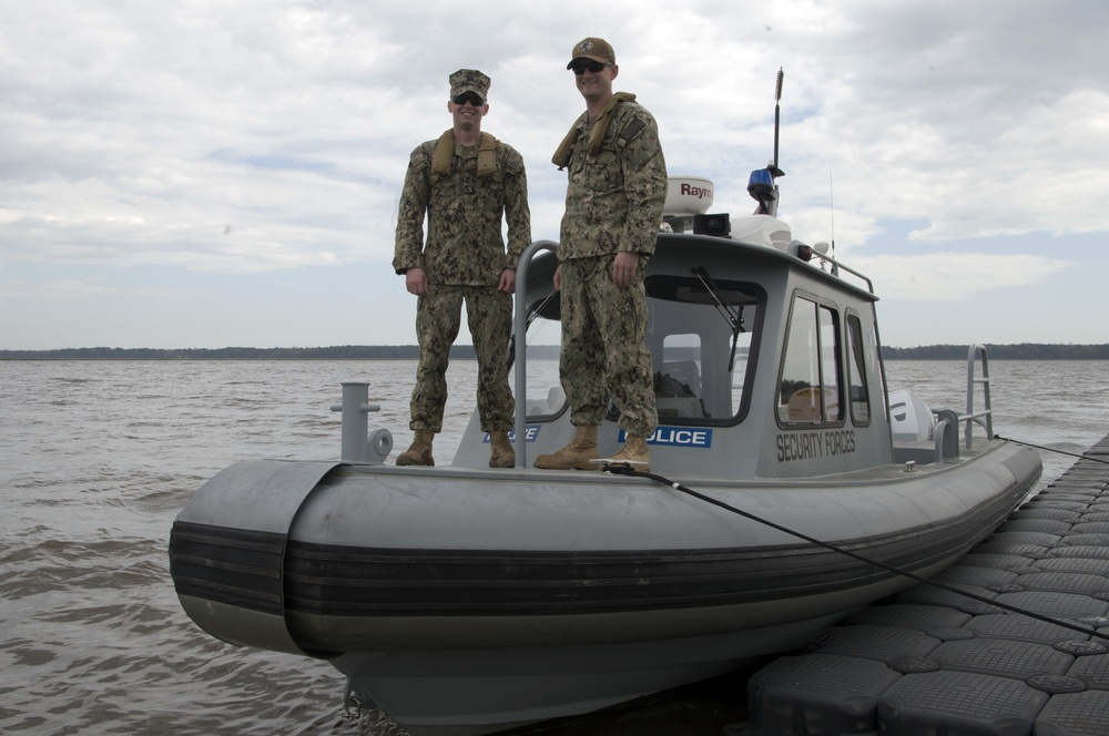 628th Security Forces Squadron Harbor Patrol Assists U.S. Army Corps of Engineers